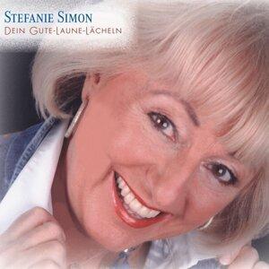 Stefanie Simon 歌手頭像