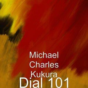 Michael Charles Kukura 歌手頭像