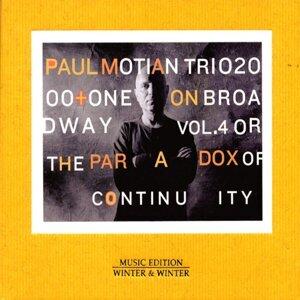 Paul Motian, Chris Potter & Larry Grenadier 歌手頭像