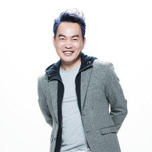 康晋榮 (Kang Kang)