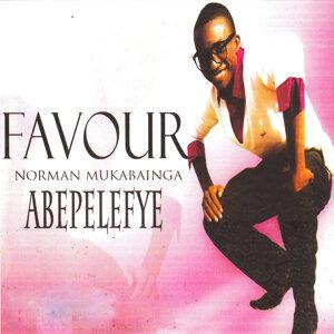 Favour Norman Mukabainga 歌手頭像