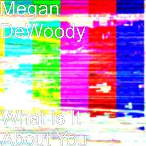 Megan DeWoody 歌手頭像