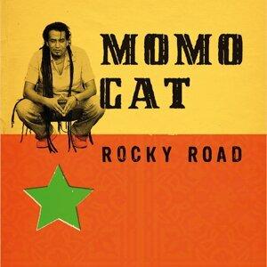 Momo Cat 歌手頭像