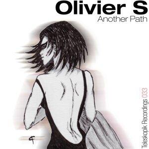 Olivier S 歌手頭像