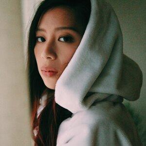 Anie Fann (范安婷)