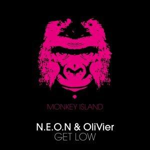 N.E.O.N, OliVier 歌手頭像