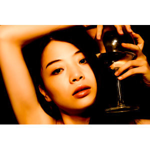 hikari Kuwachi 歌手頭像