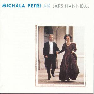 Michala Petri/Lars Hannibal 歌手頭像