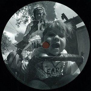 Atom & Eev 歌手頭像