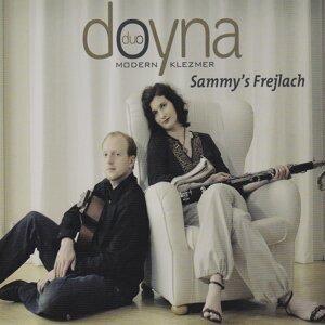 Duo Doyna 歌手頭像