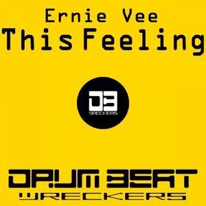 Ernie Vee 歌手頭像