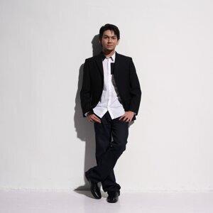 Farid Sanullah 歌手頭像