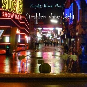 Projekt: Blauer Mond 歌手頭像