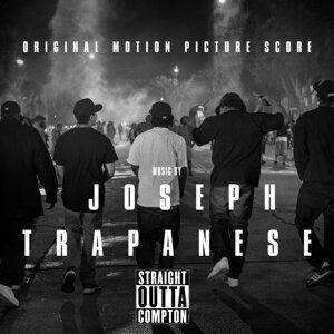 Joseph Trapanese 歌手頭像