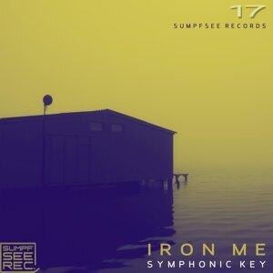 Iron Me 歌手頭像