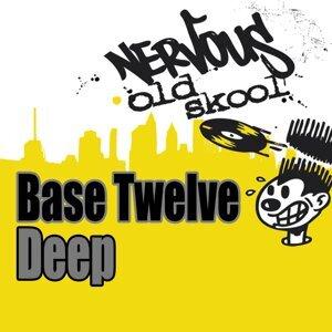 Base Twelve 歌手頭像