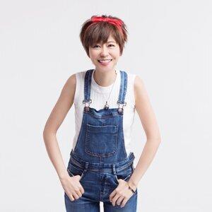 Vivian Chan (陳慧敏)