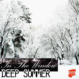 Deep Summer 歌手頭像