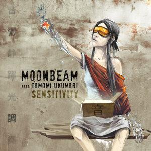 Moonbeam featuring Tomomi Ukumori 歌手頭像