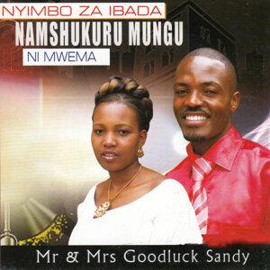 Mr & Mrs Goodluck Sandy 歌手頭像
