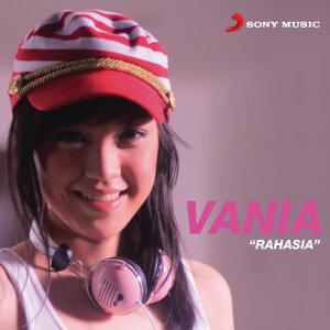 Vania Larissa 歌手頭像