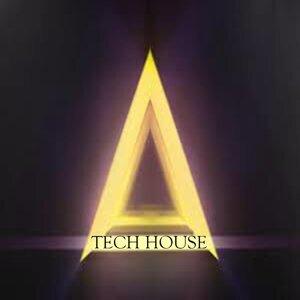DJ String House 歌手頭像
