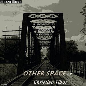 Christian Tibor 歌手頭像