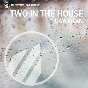 Two In The House 歌手頭像