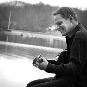 Tony Susi 歌手頭像