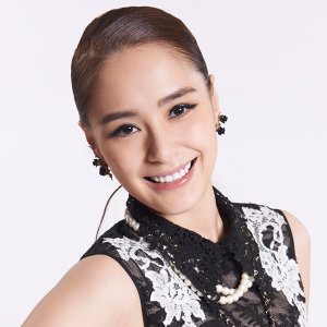 鍾欣潼 (Gillian Chung) Artist photo
