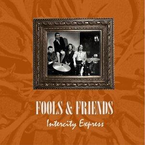 Fools & Friends 歌手頭像