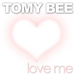 Tomy Bee 歌手頭像