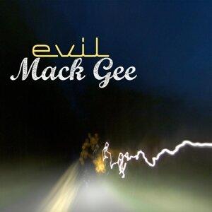 Mack Gee 歌手頭像