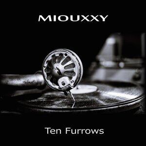 Miouxxy 歌手頭像