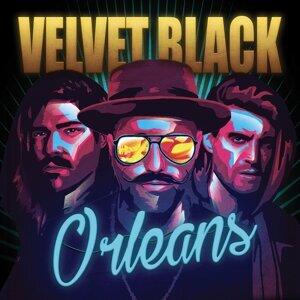 Velvet Black 歌手頭像