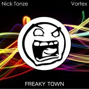 Nick Tonze 歌手頭像