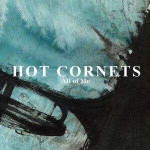 HOT CORNETS