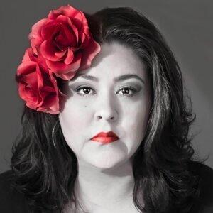 Lila Sarreón 歌手頭像