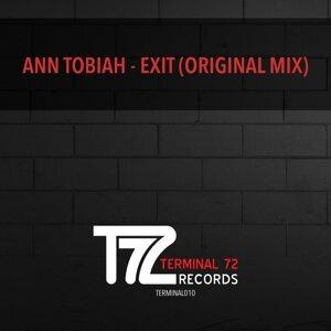 Ann Tobiah 歌手頭像