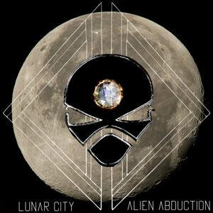 Lunar City 歌手頭像