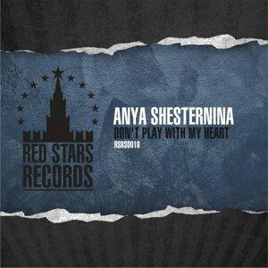Anya Shesternina 歌手頭像