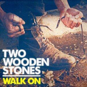 Two Wooden Stones 歌手頭像