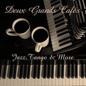 Deux Grands Cafés 歌手頭像