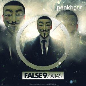 False 9 歌手頭像