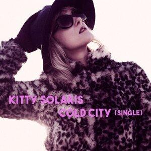 Kitty Solaris 歌手頭像