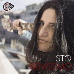 Pia Tuccitto 歌手頭像