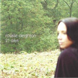 Rosalie Deighton 歌手頭像