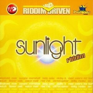 Riddim Driven: Sunlight 歌手頭像