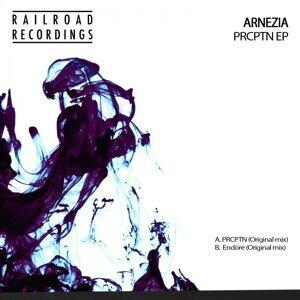 Arnezia 歌手頭像