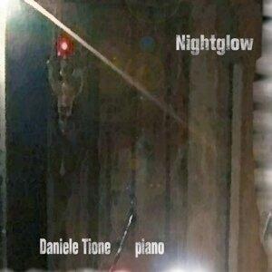 Daniele Tione 歌手頭像
